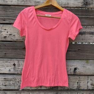 Hearts & Hips Pink Plain T-Shirt Size L